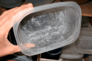 Радужный налет на посуде после посудомоечной машины
