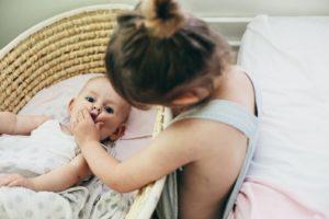 Как справиться одной с двумя маленькими детьми без помощи