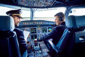 Как стать гражданским пилотом в россии